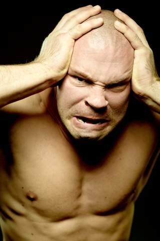 раздвоение личности симптомы: